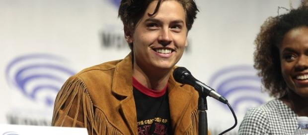 Cole Sprouse portrays Jughead Jones on the show. (image by Gage Skidmore/Flickr).