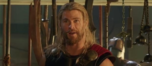 "Fans will still get to see Chris Hemsworth's long hair in ""Thor: Ragnarok."" (Jimmy Kimmel Live/YouTube)"
