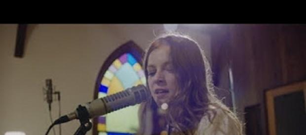 UK Folk artist Jade Bird made a bold impression in her network TV debut on Stephen Colbert. Screencap JadeBirdVEVO/YouTube