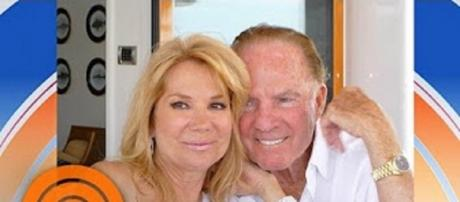 "Kathie Lee Gifford sings her song of enduring faith and love, ""He Saw Jesus"" on ""Today,"" [Image via TODAY/YouTube]"