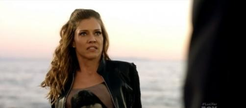 """The real Charlotte wakes up and questions Lucifer in the season 2 finale of """"Lucifer."""" [Image via Lucichloe/YouTube]"""