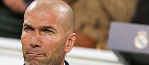 Zinedine Zidane a poussé Mariano Diaz a signer à Lyon cet été... - ebenesport.com