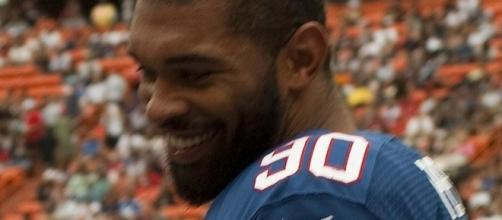 Julius Peppers is brilliant. (Image Credit: DR Cotton/Wikimedia Commons)