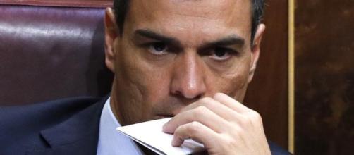 """Y por qué no?"""", el enigmático estado de Pedro Sánchez en Whatsapp - lavanguardia.com"""