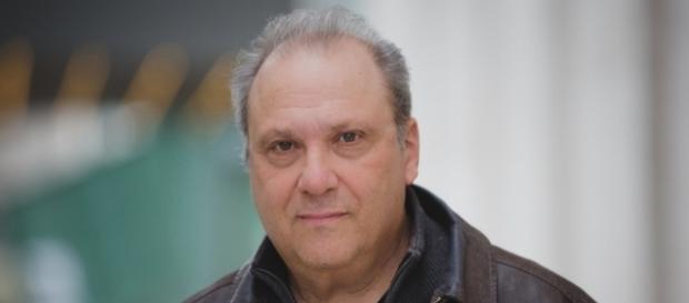 A head-shot of playwright Richard Vetere. [Image Credit: Glenna Freedman Public Relations]