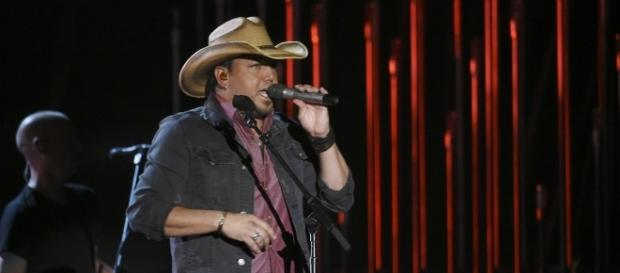 Jason Aldean holds first performance after mass shooting in Vegas. (Image Credit: Disney | ABC Television Group/Flickr)