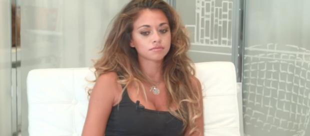 Les Marseillais vs Le Reste du Monde 2 : Jessy Errero manipulée par la prod, sa mère l'a sort de la dépression.