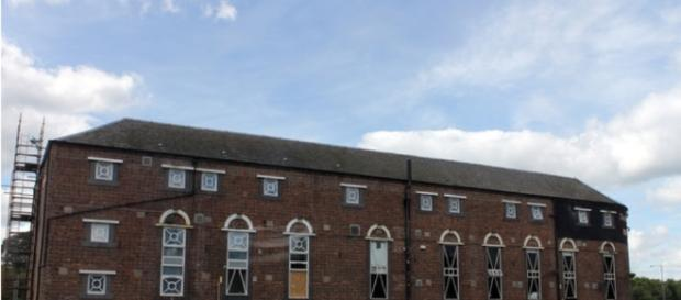 Rosebank Distillery Bonded Warehouse - [ Image - Creative Commons | By Joe Turner | Geograph Org