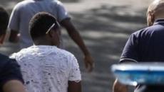 Camaiore a luci rosse: mariti traditi con i migranti nel centro profughi