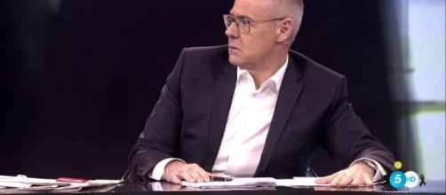 Jordi González, en serios problemas.