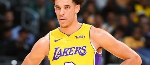 Lonzo Ball sits out the rest of the Lakers preseason games. (Image Credit - Ximo Prieto/YouTube Screenshot)