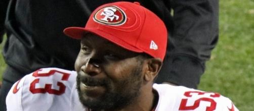 NaVorro Bowman [Image by Jeffrey Beall|Wikimedia Commons| Cropped | CC BY-4.0 ]