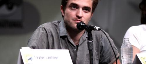 Robert Pattinson at Comic Con. [Image Credit: Gage Skidmore/Flickr]