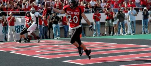 Tech did Kliff wrong. Image via Jeff Tinnell/Wikimedia Commons