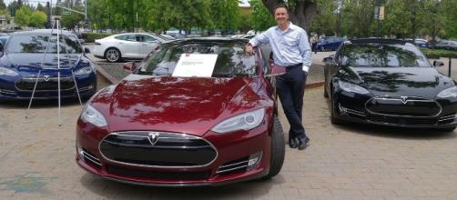 Tesla fires over a thousand workers. [Image Credit: Steve Jurvetson/Wikimedia Commons]