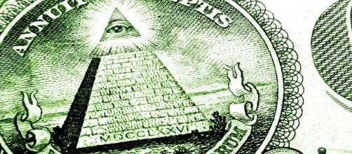 The popular Illuminati symbol on US dollar bill (Image Credit: Illumkinati/Wikimedia Commons)