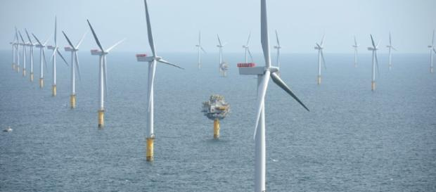 Offshore wind slashes United Kingdom cost reduction goals ... now ... - newburghgazette.com