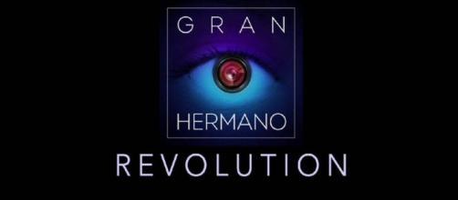 Gran Hermano: Gran Hermano Revolution, #gh18. Tres famosos entran en Guadalix de la Sierra.