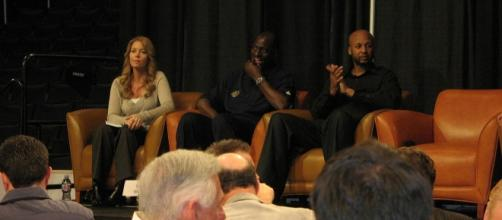 Jeanie Buss seeks Kobe Bryant's Advice about the Lakers. (Image Credit - donielle/Wikimedia)