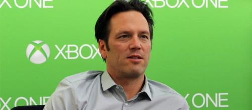 Phil Spencer talks about the Xbox One X console. (Image Credit - BagoGames/Flickr)
