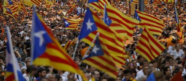 Bandeiras da Catalunha; nacionalismo presente nas manifestações