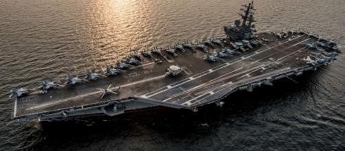 La portaerei nucleare statunitense 'Ronald Reagan' nelle acque del Mar del Giappone