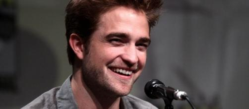 Robert Pattinson leans on Katy Perry after FKA Twigs split. (Image Credit: Gage Skidmore/Wikimedia Commons)