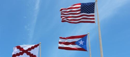 Relief of Puerto Rico's debt means keeping on the chains (image CCO Public Domain pixabay.com)
