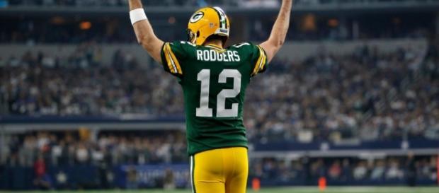 Aaron Rodgers volvió a hacer de las suyas ante Dallas - notigape.com