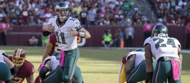 Carson Wentz has the Eagles flying high at 5-1. [Image via Wiki Commons]