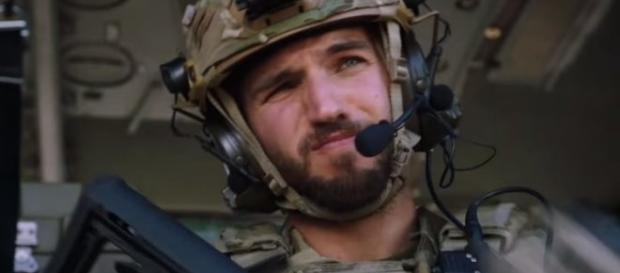 'General Hospital' actor Bryan Craig debuts on CW's 'Valor' tonight as Sgt. Adam Coogan (Image via YouTube The CW)