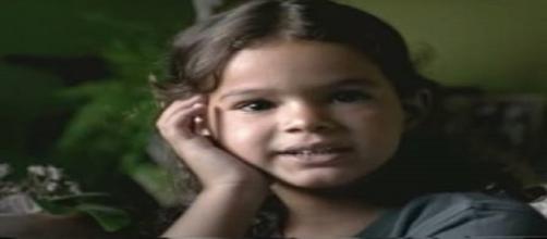 Bruna Marquezine participou de campanha ainda criança.