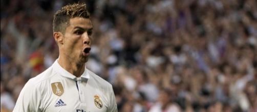 Fiscalía denuncia a Cristiano Ronaldo por defraudar 14,7 millones ... - deportesrcn.com