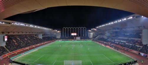 Stade de l'AS Monaco : le Stade Louis II - wallabet.fr