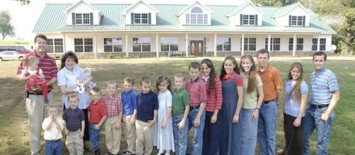 The Duggar family pictured in 2007 - Image courtesy of Jim Bob Duggar via WikiMedia Commons