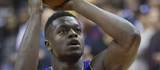 Last season, Julius Randle averaged 13.2 points, 8.6 boards, and 3.6 assists in 74 games for the Lakers -- Keith Allison via WikiCommons
