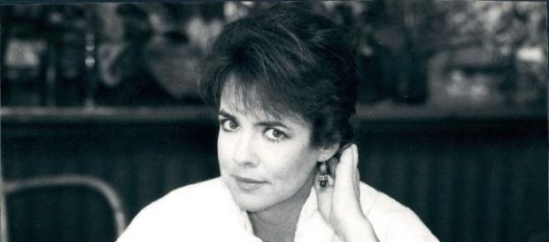 Stockard Channing shocks fans looking unrecognizable on U.K. talks show. Photo Credit: Wikimedia Commons