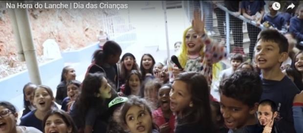 """Vídeo gravado pela UFJF no Colégio de Aplicação João XXIII gera polêmica por abordar """"ideologia de gênero"""" (Foto: Captura de vídeo)"""