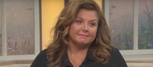 Abby Lee Miller [Image via Access Hollywood/YouTube screencap]