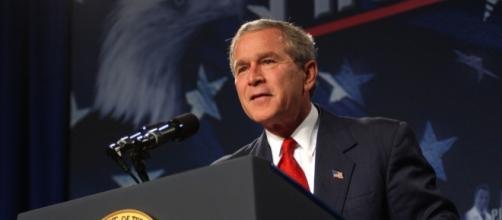 George W. Bush criticizes Trump's leadership. (Image via Wikimedia Commons)