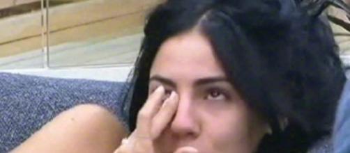 Grande Fratello: Giulia piange