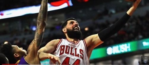 Mirotic layup - image- NBA Network / Youtube