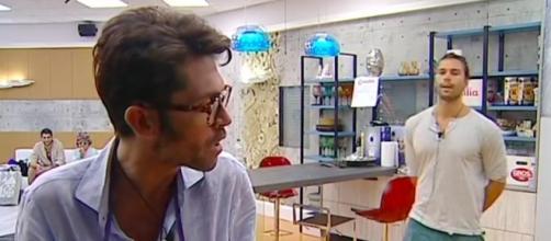 Raffaello Tonon discute con Luca Onestini al GF Vip
