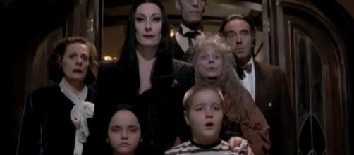 The Addams Family (1991) Trailer (Source: MovieStation/YouTube)