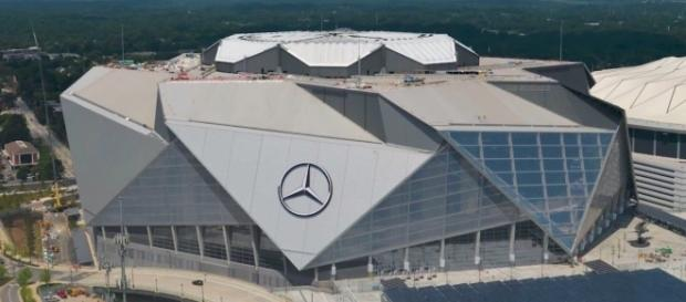 Mercedes-Benz Stadium Construction Time-Lapse - August 2017 - YouTube/Atlanta Falcons channel