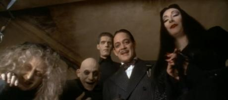 Addams Family Values Trailer (Source: YouTube Movies via YouTube)