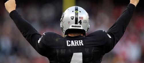 Can Derek Carr get the Raiders back on track? {image Big Nate/YouTube]