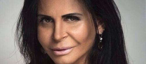 Cantora Gretchen resolveu abordar aspectos de sua vida íntima com seu esposo português