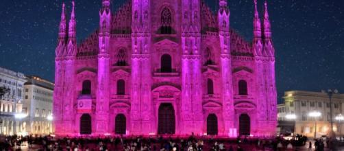Da 25 anni un nastro rosa per combattere il tumore al seno - vanityfair.it
