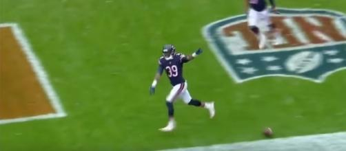 Eddie Jackson returns a fumble for a touchdown - image - NFLHighlights / Youtube